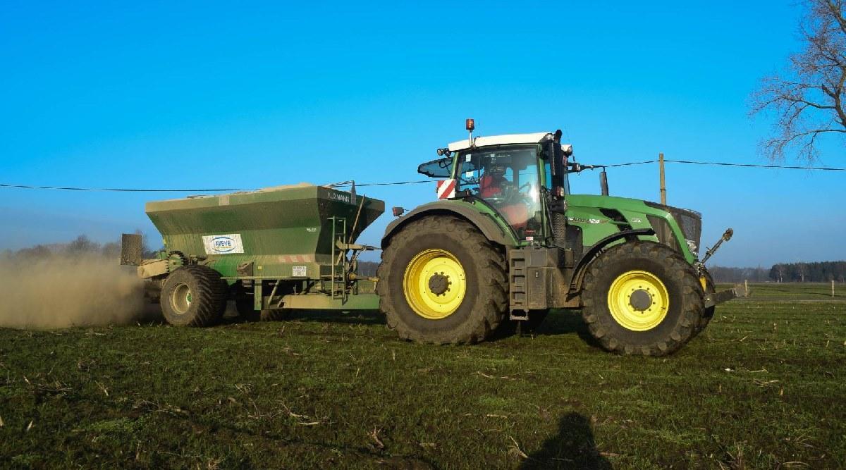 трактор Fendt Vario